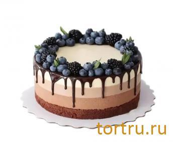 """Торт """"Три шоколада"""", кондитерская DolceVita, Дмитров"""